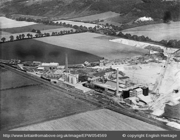Chinnor cement plant 1937